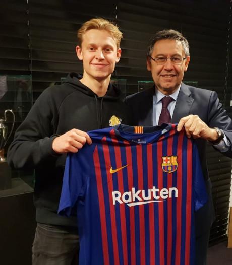 Frenkie de Jong komende zomer voor recordbedrag naar FC Barcelona