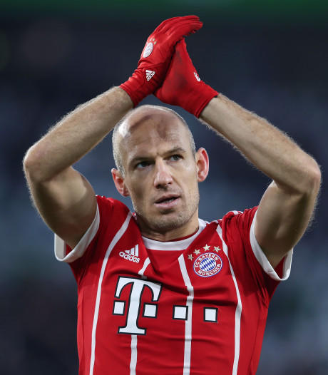 Robben op de bank bij Bayern, Babel in basiself Besiktas