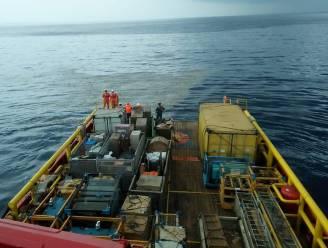 Vliegtuig met 189 inzittenden neergestort in Javazee bij Indonesië: brokstukken en eerste lichamen teruggevonden, geen hoop op overlevenden