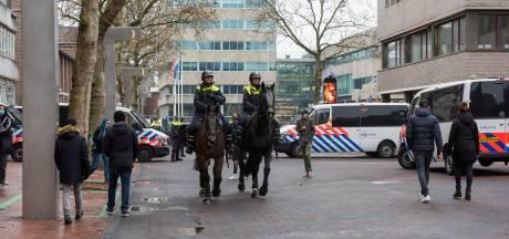 Nieuwsoverzicht   Rellen blijven Eindhoven bespaard - Illegaal feest in café