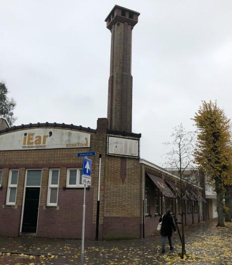 Tour langs 'lelijke' Tilburgse gebouwen: 'De schoorsteen gaf de doorslag'