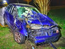 Automobilist slaat over de kop na race in Valkenswaard, bestuurder gewond