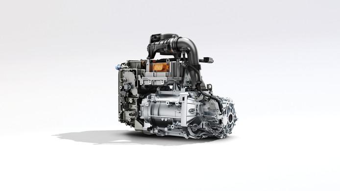 De nieuwe R135-motor levert 100 kilowatt vermogen.
