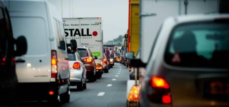 Rijstroken A2 weer open na ongeluk, maar nog altijd lange file tussen Utrecht en Amsterdam