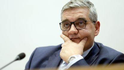 """Externe audit pleit minister Vandeput vrij in F-16-schandaal, oppositie spreekt van """"doofpotoperatie"""""""