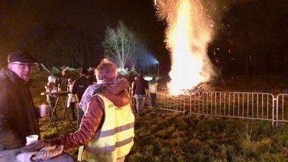 Kerstboomverbranding ook op nieuwe locatie succes