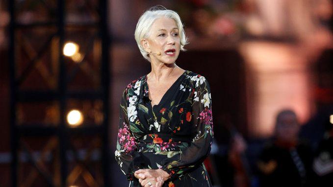 """Helen Mirren (72) geeft carrière-advies: """"Kom op tijd, maar zeg ook soms 'fuck off'"""""""
