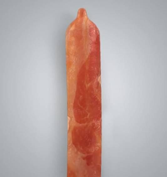Het condoom ziet er ook uit als een lap spek.