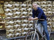 Op de fiets langs de klompenmakerijen in Liempde: 'Het is een echt klompendorp'