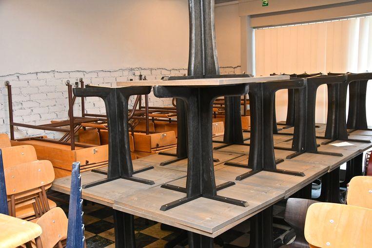 Ook meer dan genoeg tafels in aanbod.
