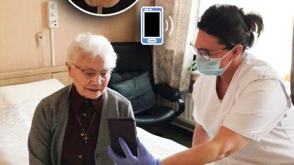 """Koningin Mathilde steekt Olense thuisverpleegkundige en haar patiënte hart onder de riem met telefoontje: """"Dit doet ons deugd"""""""