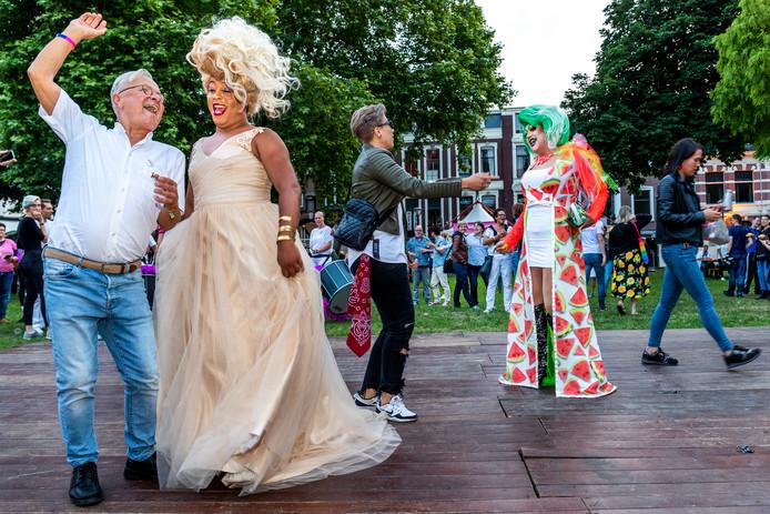 UTRECHT-Openingsfeest Midzomergracht festival.Lucas Bolwerk.