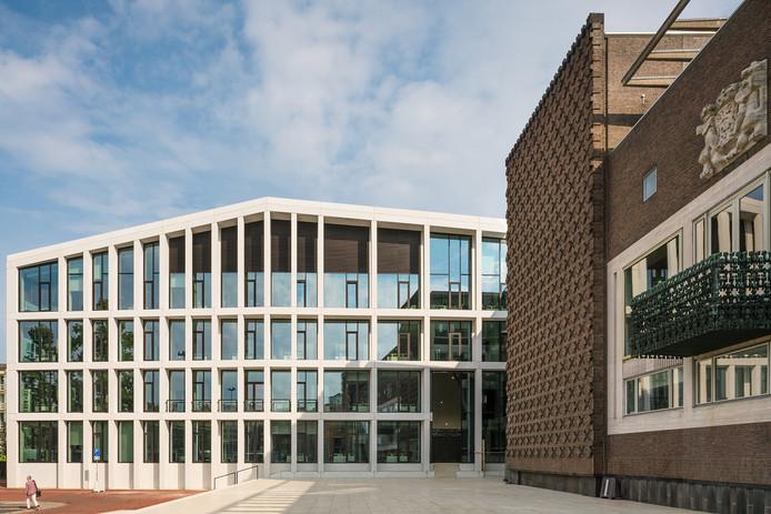 Het nieuwe kantoor van de provincie Gelderland aan de Markt in Arnhem, het Gelders Huis.