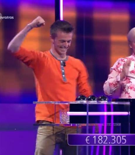 Oud-Sliedrechter Joost wint ruim 182.000 euro bij Eén tegen 100