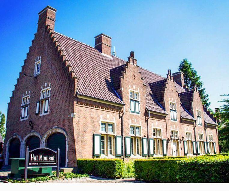 Restaurant 'Het Moment', in een statig pand in Vlaamse hoevestijl in de Parklaan in Temse, is een nieuwkomer in de Gault&Millau.