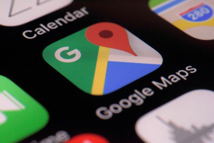 Door navigatieapps als Google Maps op de smartphone worden fysieke plattegronden op straat overbodig, vindt de gemeente Bronckhorst.