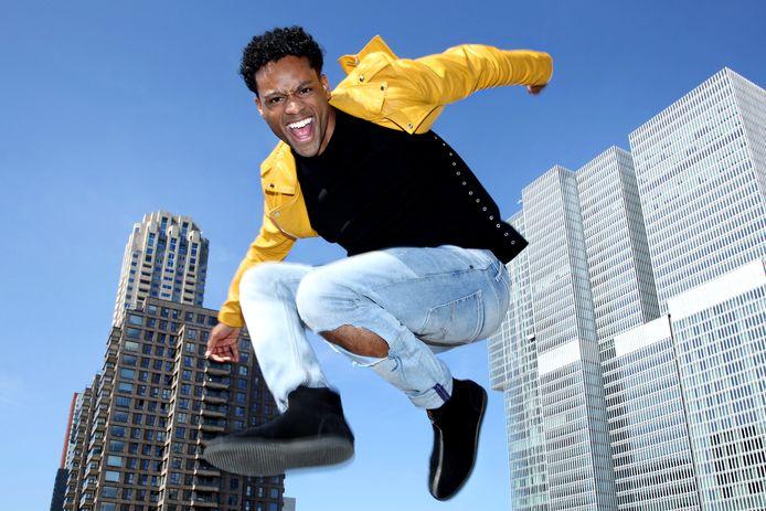 De Rotterdamse danser Gianinni is één van de bekende namen die in Helmond jong talent een gratis les gaat geven.