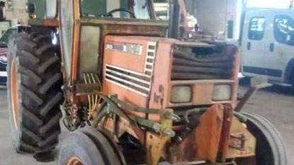 Stad verkoopt opmerkelijke oldtimer: tweedehandstractor uit 1987 met olielek