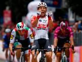 Ewan verslaat Viviani en Ackermann en wint langste etappe
