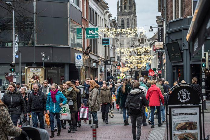 Drukte in de Bredase binnenstad tijdens de feestdagen