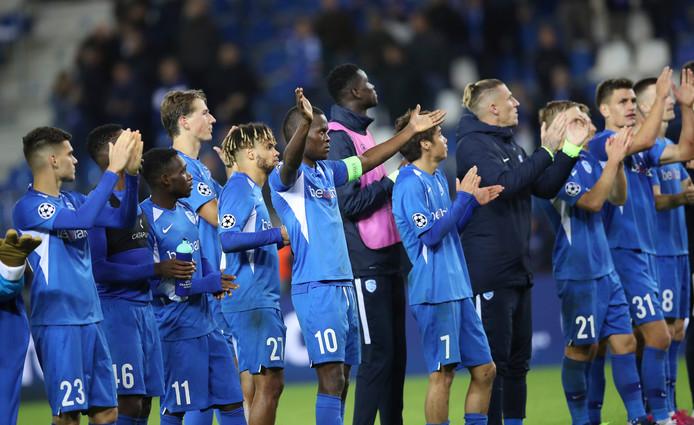 Après la gifle reçue à Salzbourg, Genk a offert un bien meilleur visage face à Naples en Ligue des Champions (0-0). Les Limbourgeois décrochent leur premier point dans cette campagne.
