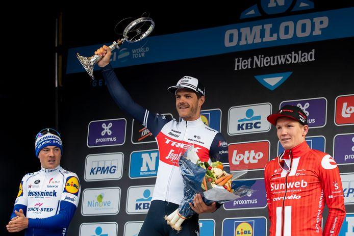 Jasper Stuyven won de Omloop voor Yves Lampaert en Soren Krah Andersen