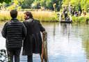 Bij het Haersterveer tussen Zwolle en Hasselt zijn dinsdag de hele dag scènes opgenomen voor de film Kruimeltje 2, die begin volgend jaar in première gaat. Victor Löw speelt in de film de rol van Lefty, de aartsvijand van Kruimeltjes vader Harry.