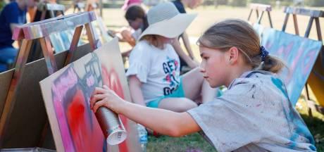 Kinderen spuitten graffiti in Zevenbergen: 'Normaal is dit illegaal'