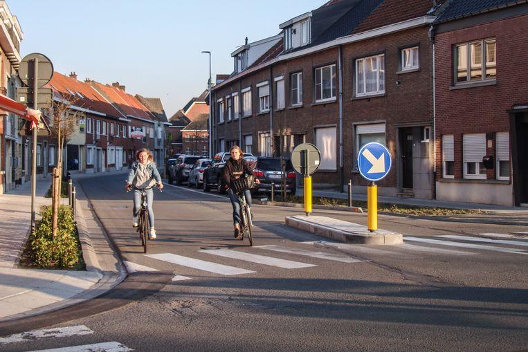 De verkeersdruppel aan de Avil Geerincklaan en de Elststraat is een ingreep die nog door vorige bestuur werd gepland.