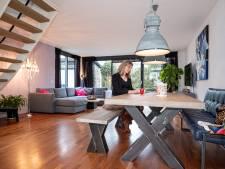 Huis te koop: de badkamer met bubbelbad is de eyecatcher van het huis van Eveline in Kattenbroek