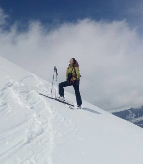 Vlaamse skiester (33) komt om in lawine: 'Broer groef haar eigenhandig uit de sneeuw'