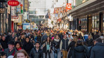 Shopera wil winkels open op zondag