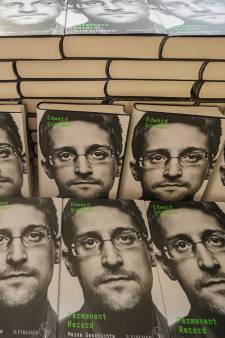 Les États-Unis réclament les recettes du livre d'Edward Snowden