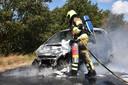 De brandweer bluste de brand.  Foto GinoPress