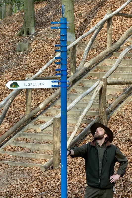 Boswachter Jeroen Glissenaar in het Arnhemse Park Sonsbeek.