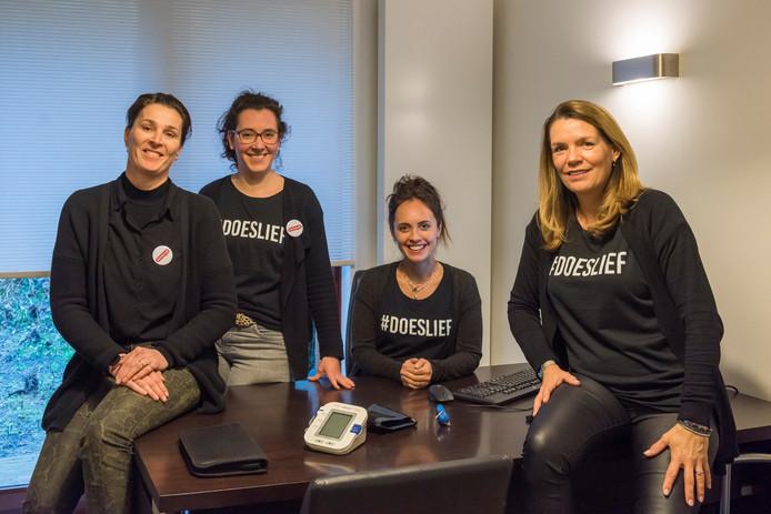 Diana van Sambeek (links) is praktijkmanager Huisartsen Aalst-Waalre.