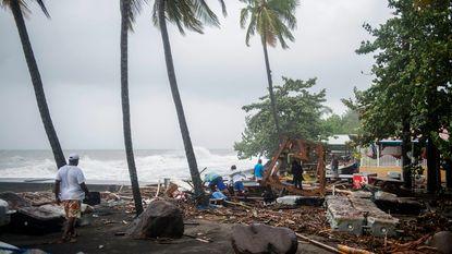 """Orkaan Maria raakt Dominica op volle kracht: """"Eiland is volledig verwoest"""""""