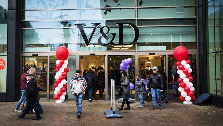 Het Amerikaanse Sun Capital steekt nog eens 47 miljoen euro in V&D nadat Nederlandse retailgoeroes massaal hadden geroepen dat er toch echt geen eer mee te behalen is en de boel beter kon worden opgedoekt. Beeld ANP