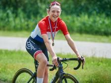 Elise Uijen uit Herpen pakt Europese titel tijdrijden bij junioren