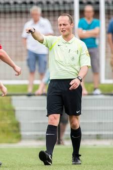 Promotie voor scheids Bjorn van Osch (20) uit Haaren, fluiten droomwedstrijd weer stapje dichterbij