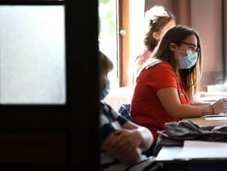 Grote Coronastudie: meer dan helft leerlingen en ouders wil af van mondmaskers in klas