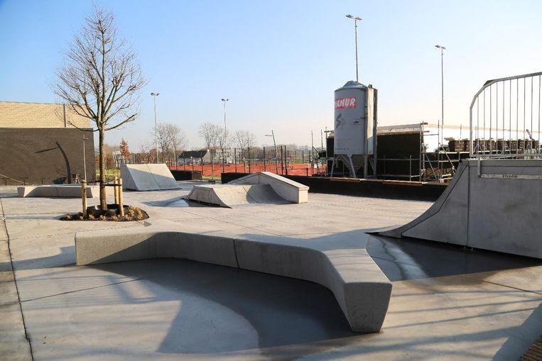 Ook skaters kunnen zich uitleven in sportpark De Zandloper.