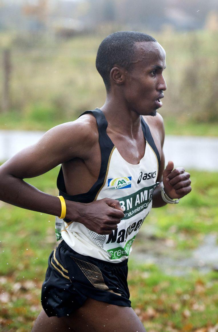 De Nederlandse atleet Abdi Nageeye tijdens de Zevenheuvelenloop in 2012. Beeld anp