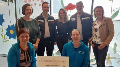 Moerenlopers schenken 5.500 euro aan kinderkankerfonds