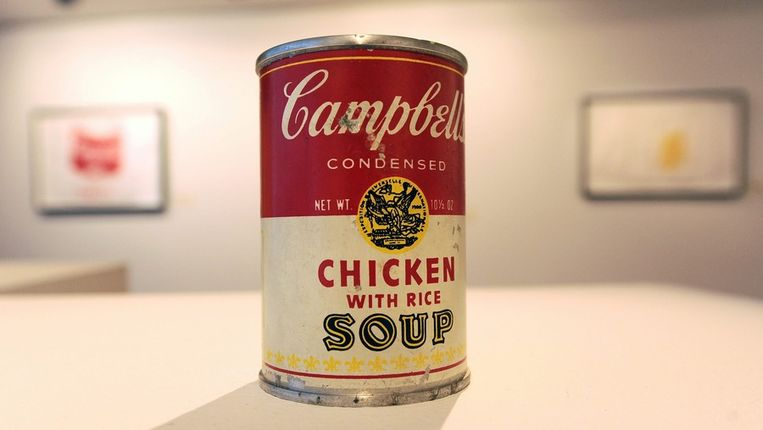 Campbell's Chicken with Rice Soup van Andy Warhol. Beeld epa