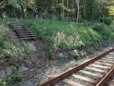 Mysterie opgelost: het vreemde trapje van station Overveen