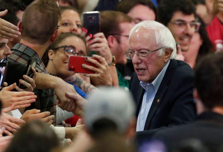 'In de campagne ligt Sanders ruim op koers voor een glorieuze entree in het Witte Huis.' Beeld AP