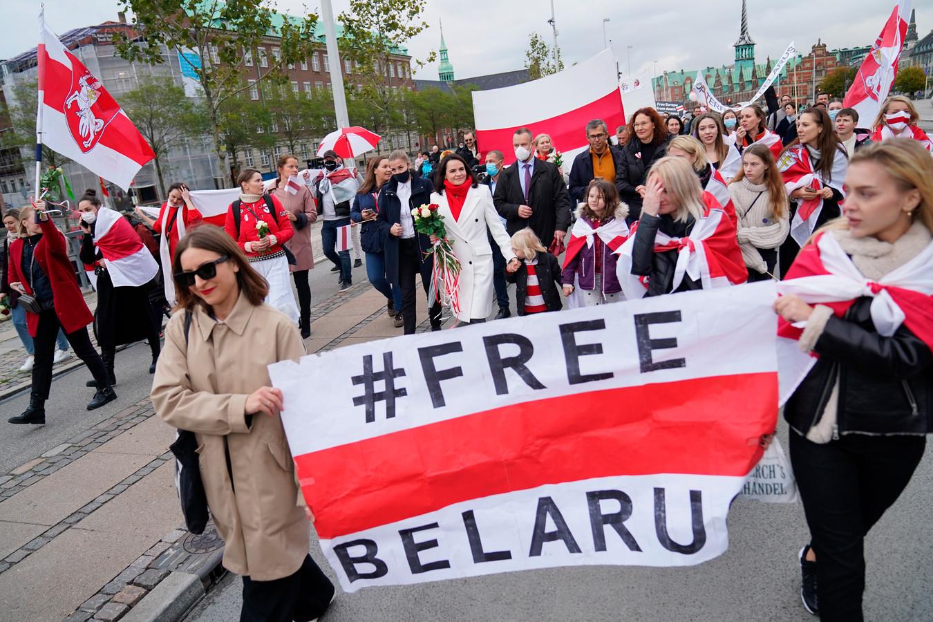 De Russische oppositieleider Svetlana Tichanovskaja tijdens een demonstratie in Kopenhagen op 23 oktober