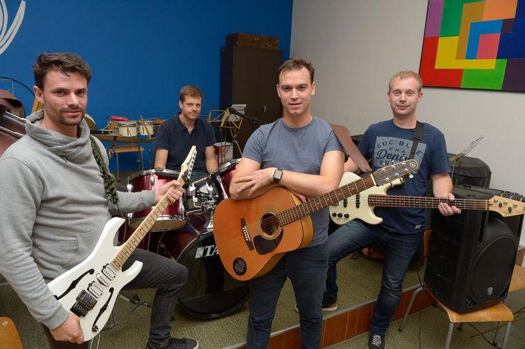 De band 'Potlood', met v.l.n.r. David Seys, Roel Maertens, Pieter Spillebeen en Willem Maertens.