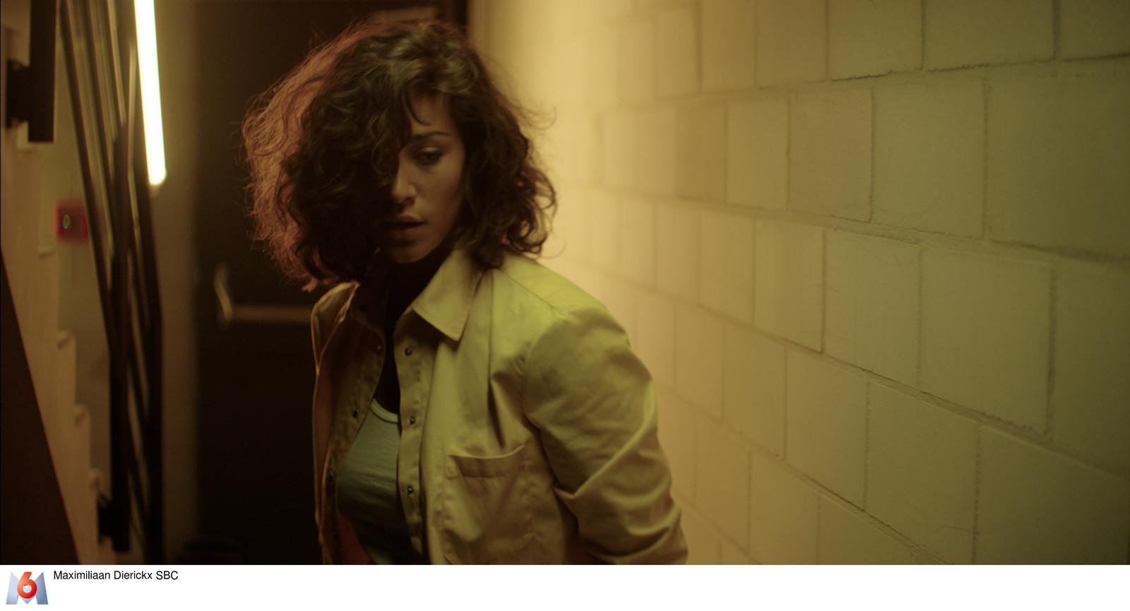 Manon Azem in serie Piégée